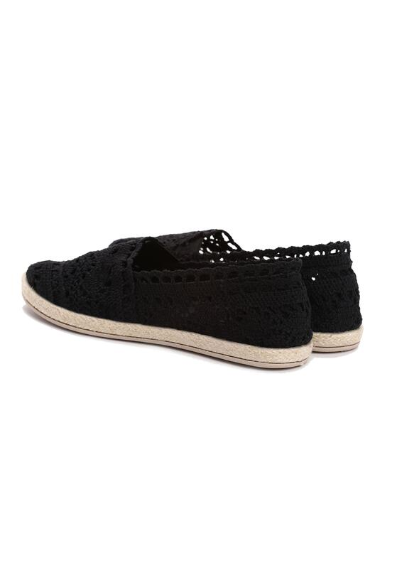Czarne Espadryle Satisfyingly