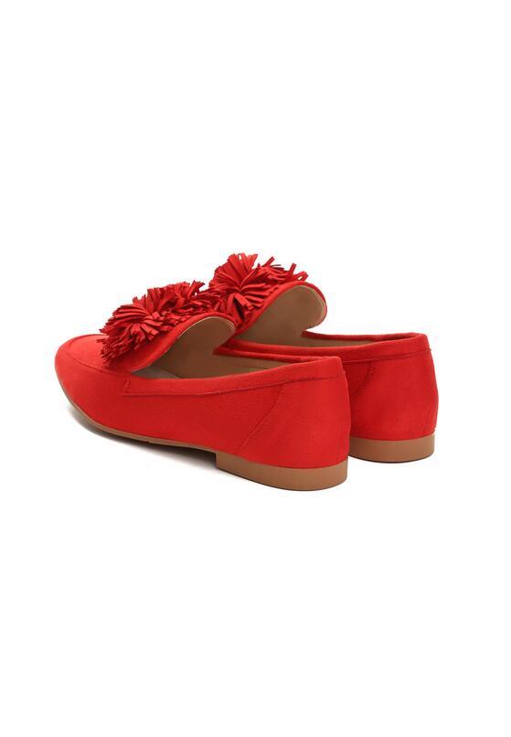 Czerwone Mokasyny Gumshoeing