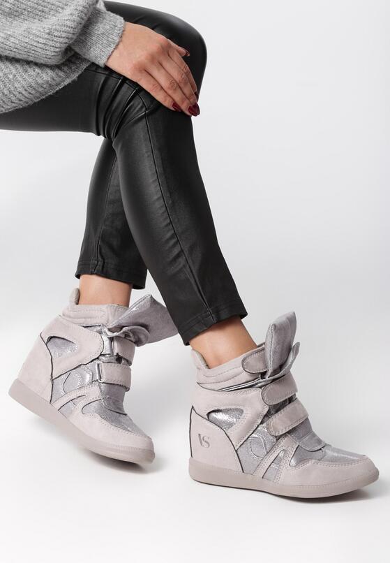Szare Sneakersy Strangers