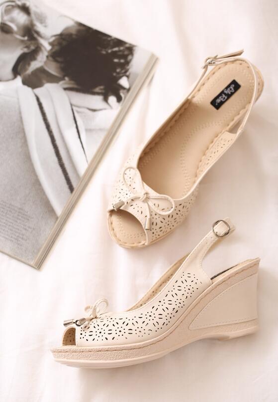 Beżowe Sandały One Life