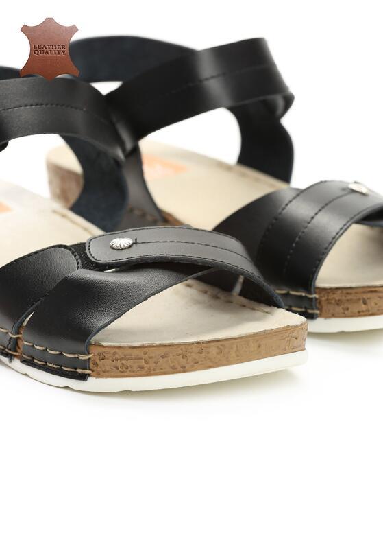 Czarne Skórzane Sandały Behind The World