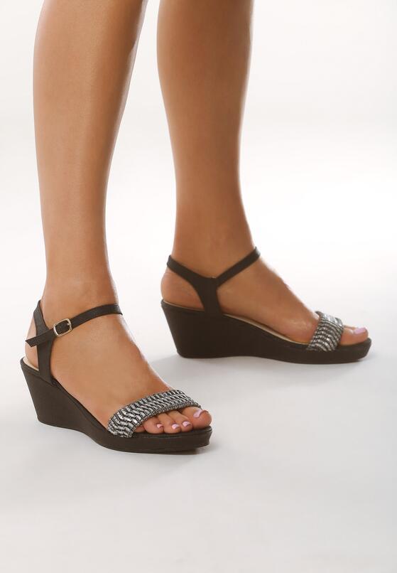 Czarne Sandały Next To Me