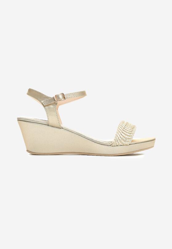 Złote Sandały Next To Me