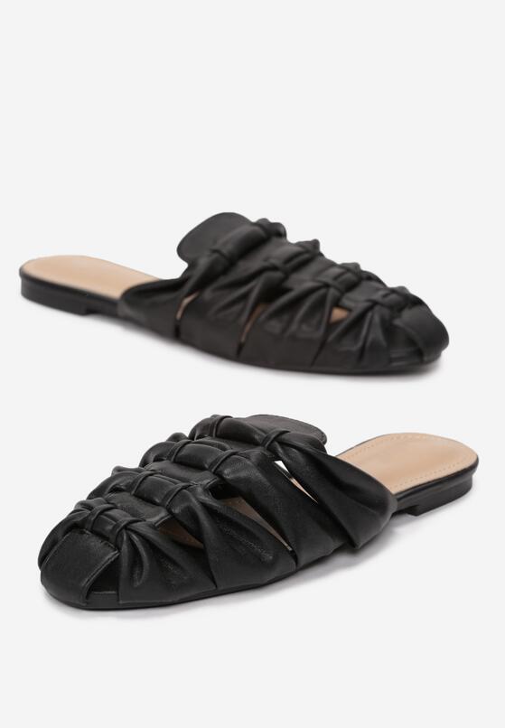 Czarne Klapki Auburn