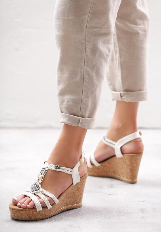 Białe Sandały Maturity