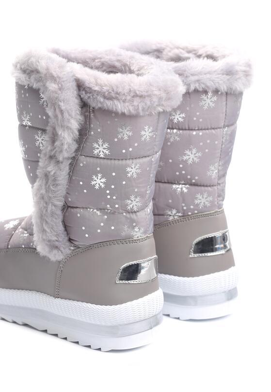Szare Śniegowce Same