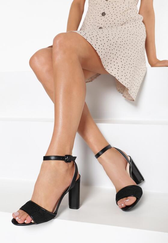 Czarne Sandały Bones
