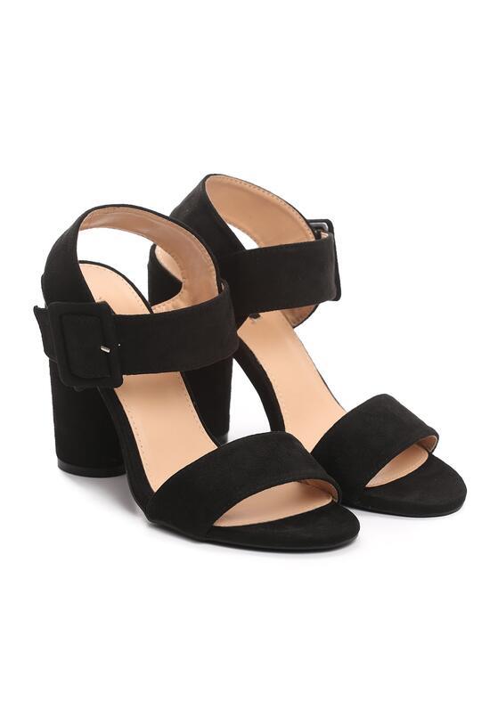 Czarne Sandały Sardonic