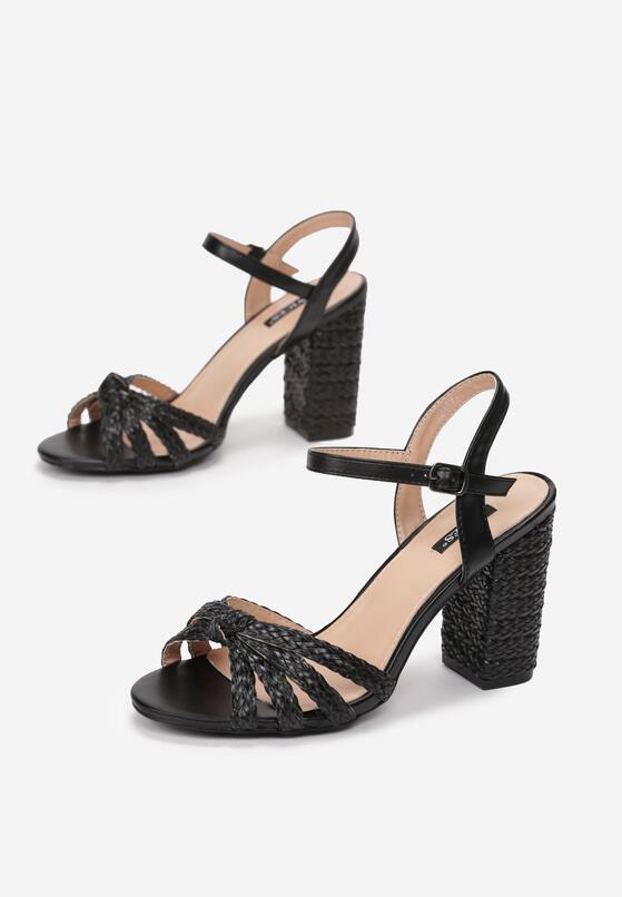Czarne Sandały Achievable