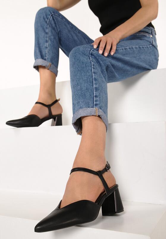 Czarne Sandały Upfront