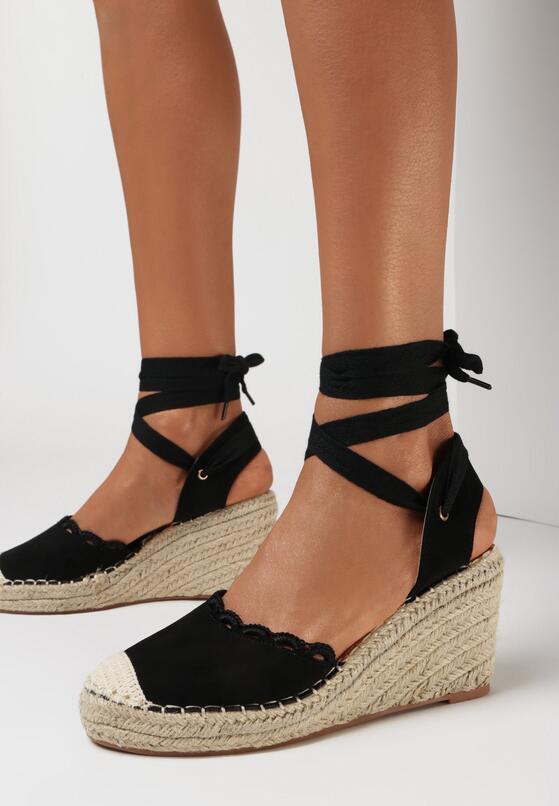 Czarne Sandały Genilyn