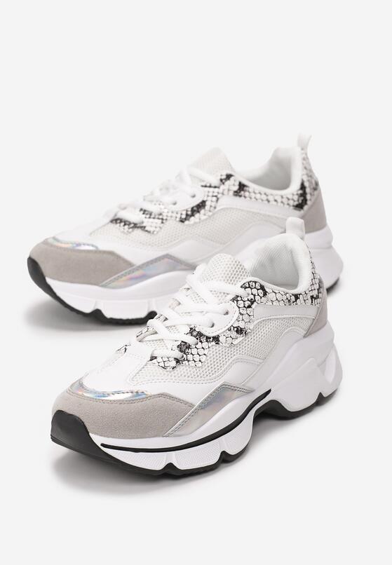 Białe Wężowe Sneakersy Hot Snow