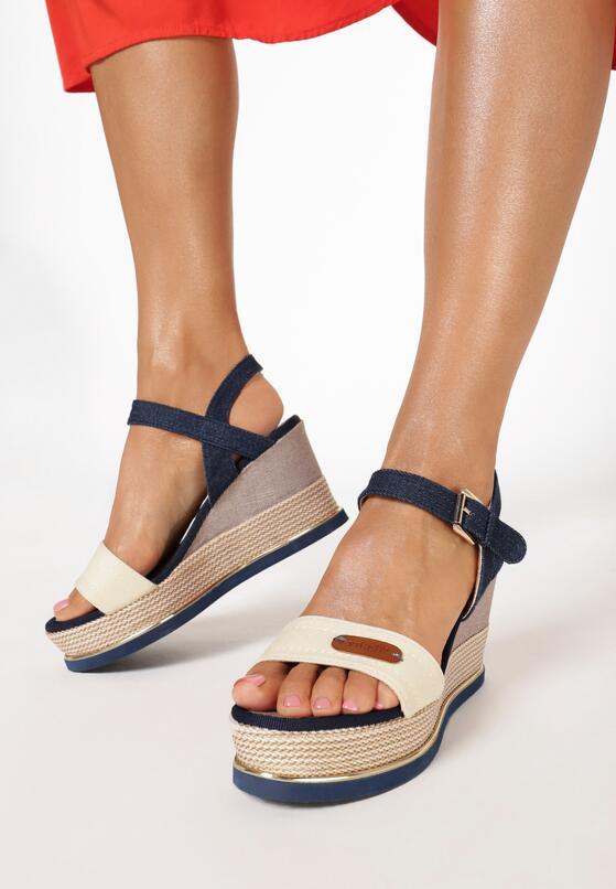 Beżowe Sandały Sociopathic