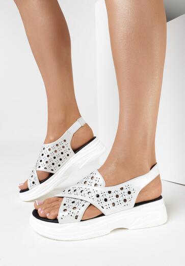 Białe Sandały Neamemea