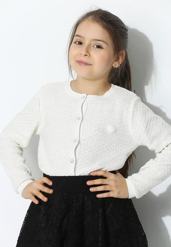 Biały Sweterek Refrain