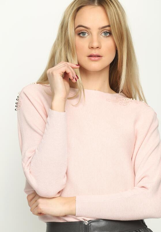 Różowy Sweter Lace Motive