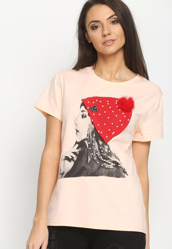 Łososiowy T-shirt Girl In A Hat