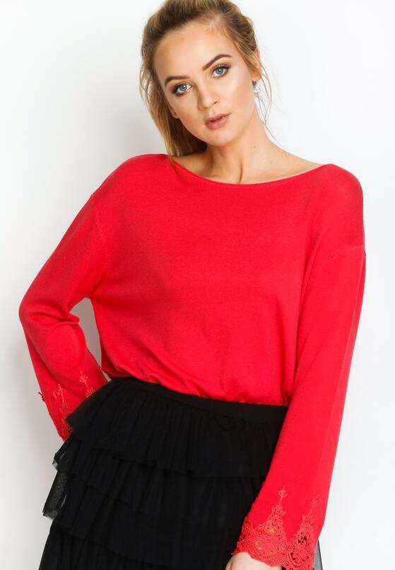 Czerwony Sweterek Lace Trims