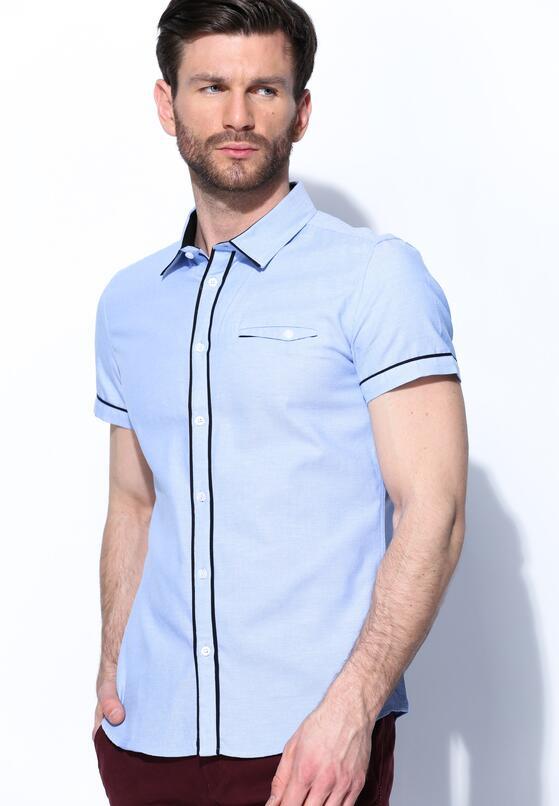 Niebieska Koszula Uncanny