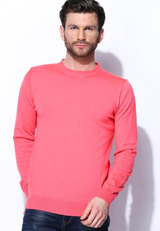 Koralowy Sweter Whom