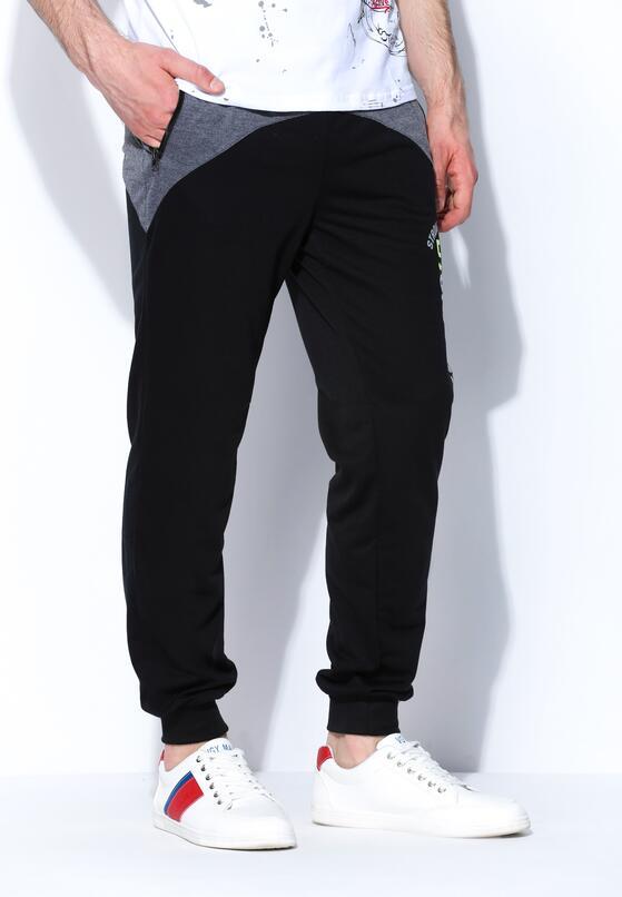 Czarne Spodnie Dresowe Strong Future