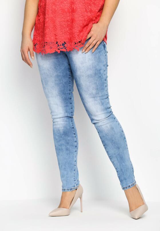 Niebieskie Jeansy Contradict