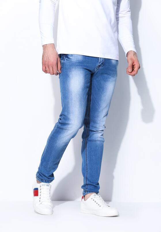 Niebieskie Jeansy Carry Oneself