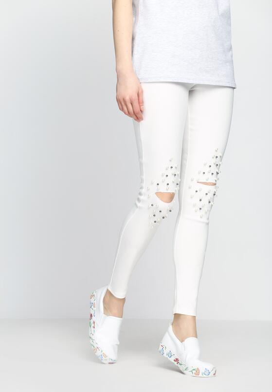 Białe Spodnie Far And Near