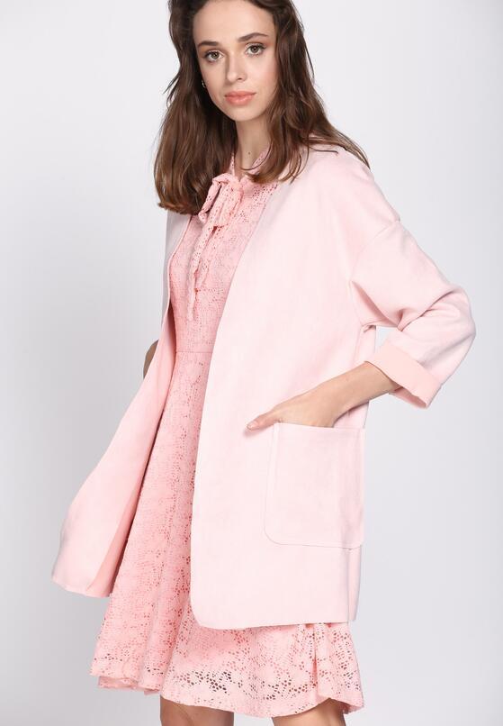 Różowy Płaszcz Covering
