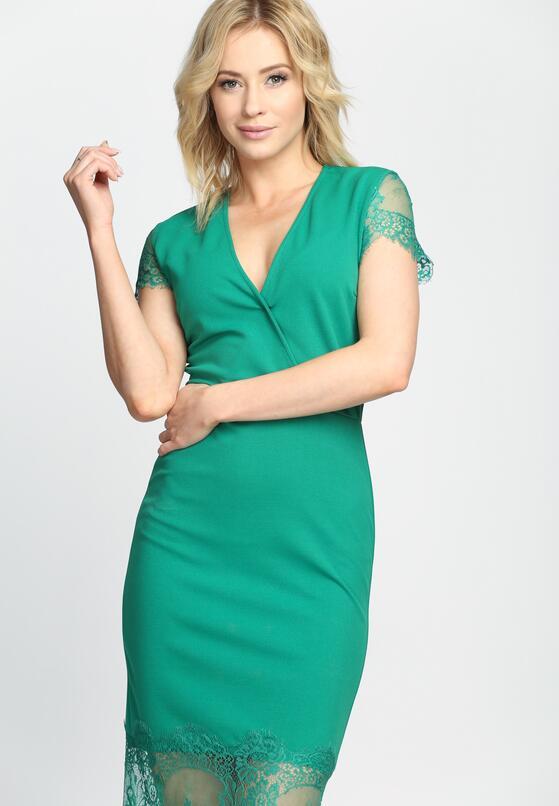 Zielona Sukienka  Most Curious