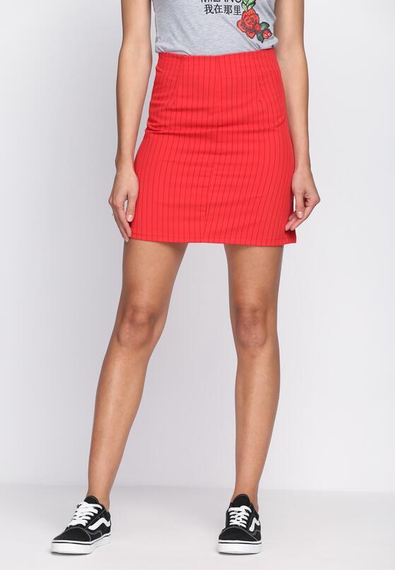Czerwona Spódnica Looks So Fine