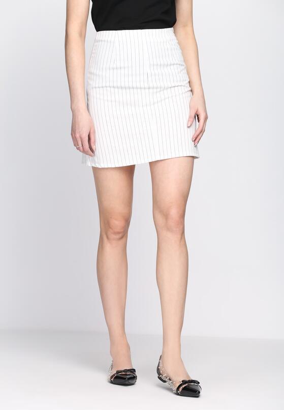 Biała Spódnica Looks So Fine
