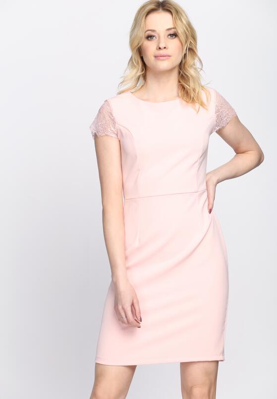 Różowa Sukienka Dignifying