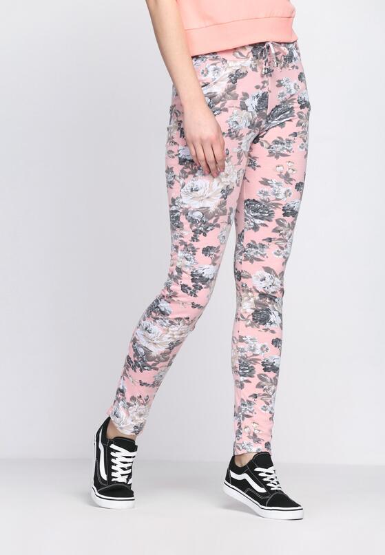 Różowe Spodnie This Is Crazy