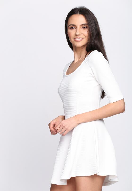 Biała Sukienka World Burn