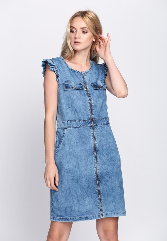 Niebieska Sukienka Plot Twist