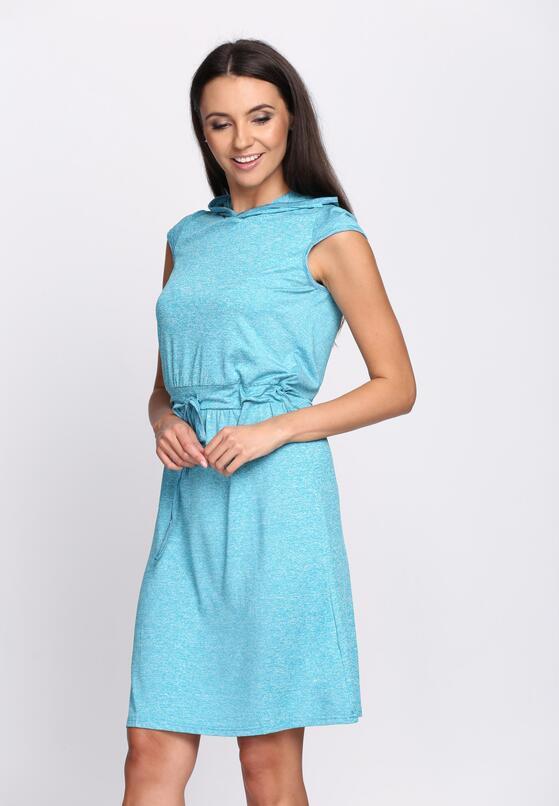 Niebieska Sukienka Four Out Of Five