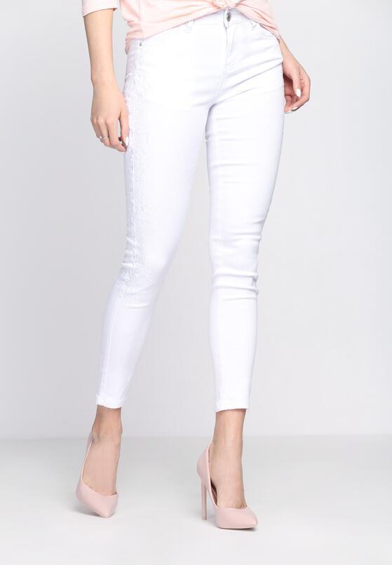 Białe Jeansy A Human Body