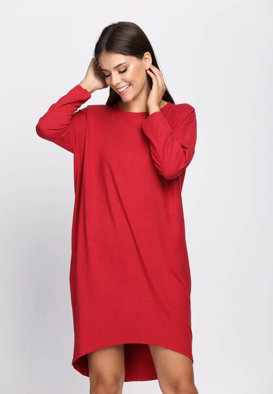 Czerwona Sukienka Reach Majority