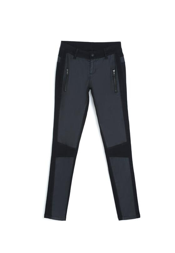 Czarne Spodnie Perfect Imperfections