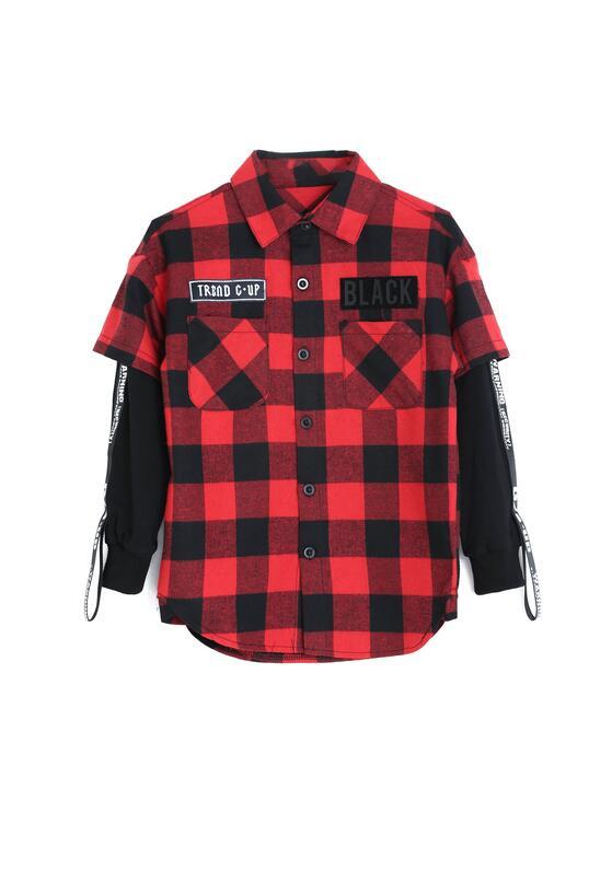 Czarno-Czerwona Koszula Each Year