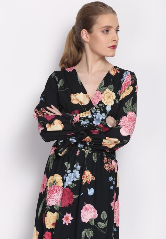Czarna Sukienka Captivating