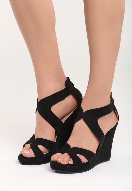 Czarne Sandały Affair