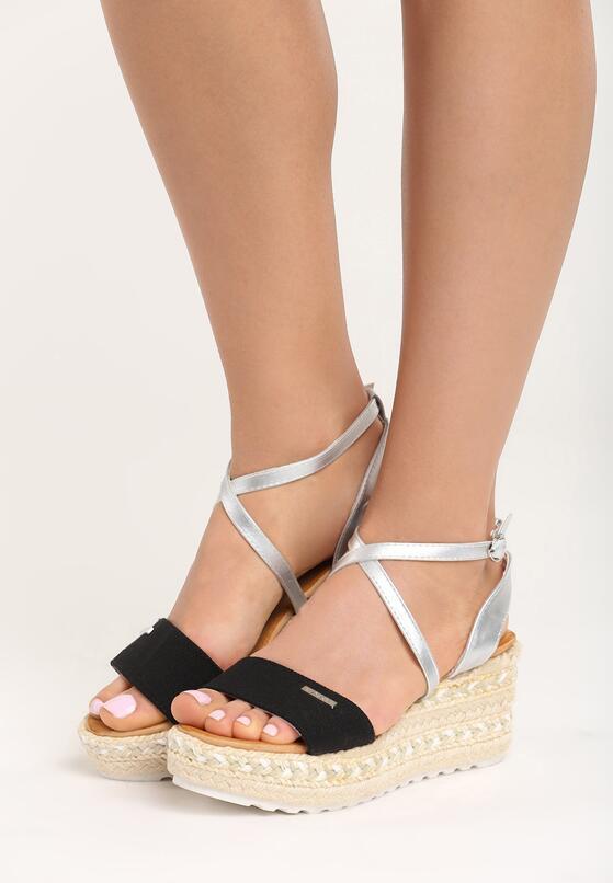 Czarne Sandały Sue Me