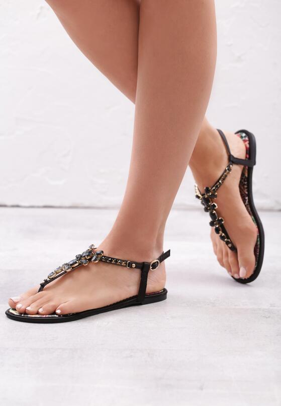 Czarne Sandały Ember