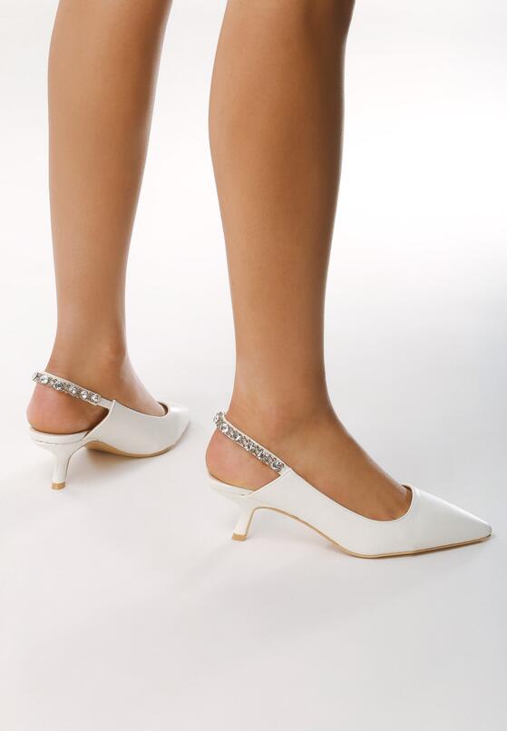 Białe Sandały Fetch Away