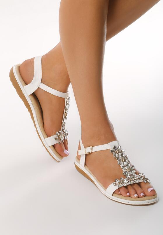 Białe Sandały Scarlet Star