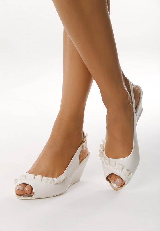 Białe Sandały Going Out Tonight