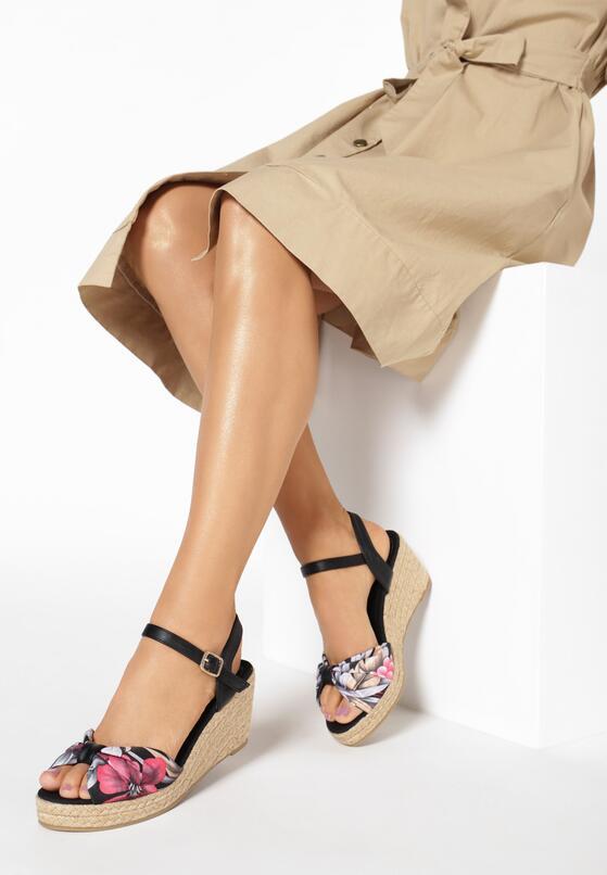 Czarne Sandały Gladiolus