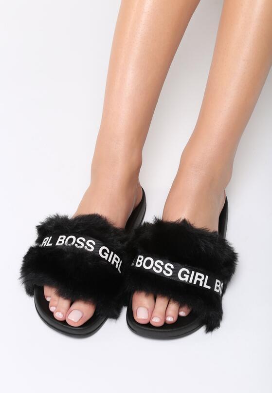 Czarne Klapki Girl Boss